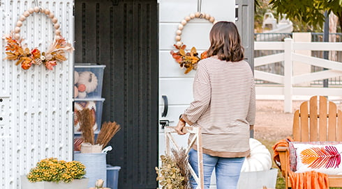 Declutter Your Decor with Lolly Jane